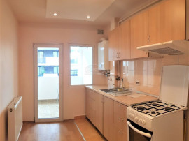Apartament la etaj intermediar in Ansamblul Iris