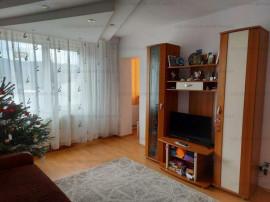 Zona Astra/ Calea Bucuresti, 2 camere etaj intermediar