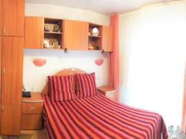 Apartament trei camere confort 1 decomandat cartier Racadau