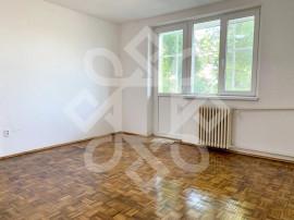 Apartament trei camere, etaj I, Decebal, Oradea