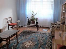 Apartament 3 camere Racadau, bloc vila, decomandat, etajul 2