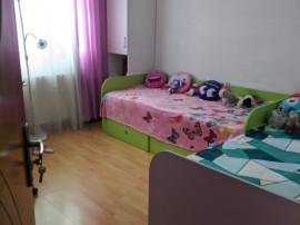 Apartament 3 camere, decomandat, 5/10, zona Sud (Fat Frumos)