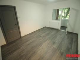 Apartament de inchiriat - 2 camere - renovat complet