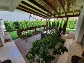 Vila 4 camere, construita in stil mediteranean, zona 9 Mai