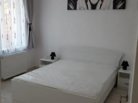 Studio Centrul Istoric (Saguna), etaj 1, mobilat lux, 350€