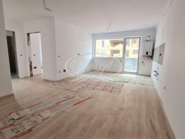 Apartament cu 3 camere, zona Petrom