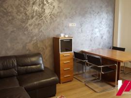 Apartament 3 camere , decomandat , zona Mihai Viteazul
