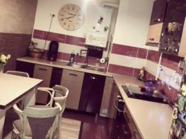 Apartament 3 camere in casa Centrul Istoric