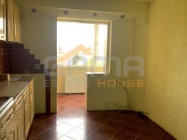 Apartament 2 camere, decomandat, Micalaca, zona 300