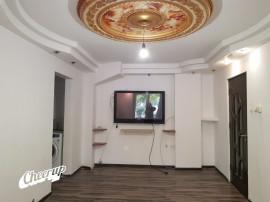 Apartament 3 camere parter, centrala proprie, zona Vitan