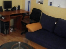 Apartament cu 2 camere decomandat Central