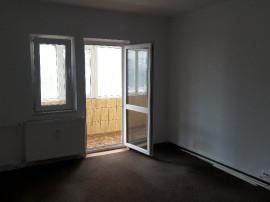 Apartament doua camere parter zimbru