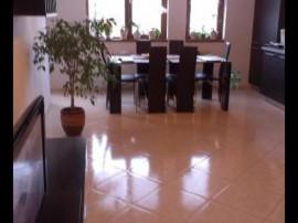Apartament 3 camere Jiului