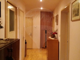 RE/MAX va ofera exclusivitate apartament 3 camere in Hasdeu