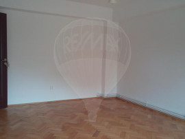Apartament 3 camere 76 mp Manastur Minerva