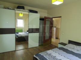 Apartament 2 camere, 47.8 mp, decomandat