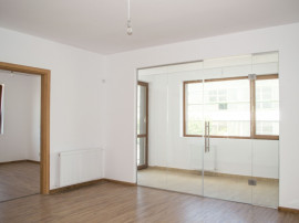 Apartament 3 camere in ansamblu nou + extra reduceri!