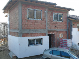 Duplex in zona linistita cu panorama in Baciu