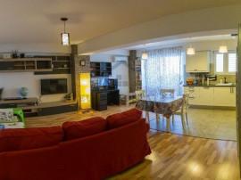 Apartament 3 camere, Zona Titan, pozitionat Excelent