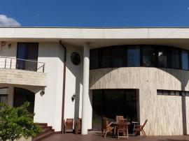 Pipera-bulevard adiacent casa/vila individuala