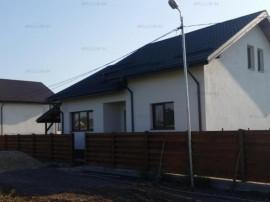 Casa noua, 3 camere si dependinte, P+pod, curte 500 mp, Săb