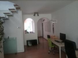 Apartament cu 3 camere Centru