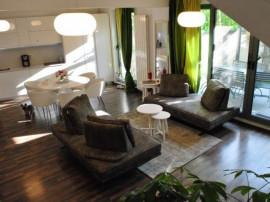 Grozavesti, apartament triplex cu gradina exterioara