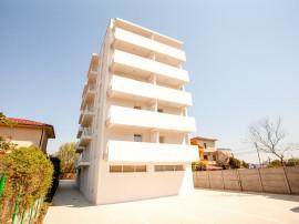 Apartament 2 camere in Mamaia Nord, la cheie cu actele gata