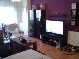 Apartament 4 camere, Torontalului