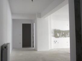 Apartament 3 camere in bloc nou str. Lapusului iosia