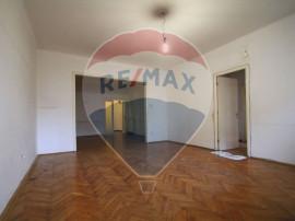 Piata Romana apartament 4 camere