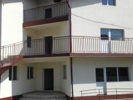 Apartamente La casă