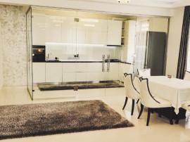 Apartament 3 camere, 112 mp, Floresti