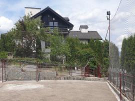 Vila de lux in Breaza,mobilata,utilata pretabila pt pensiune