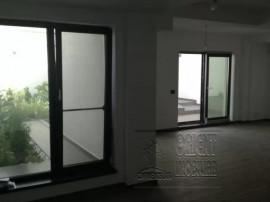 (cod3130) Universitate, bd. Mamaia, vila P+1+terasa