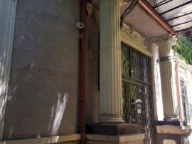 Casa cu 7 camere | Curte libera 100mp | Zona Calea Calarasil