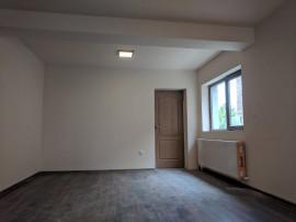 Apartament 4 camere zona Parneava - 16801