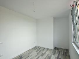 Apartament 3 camere 76 mp, zona Capat Cug