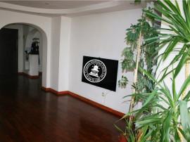 Apartament 4 camere Tg Cucu - Podul de Fier,