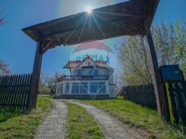 OFERTA ! Pensiune cu potential turistic zona Bran Poarta