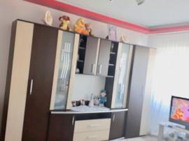 Apartament cu 3 camere în zona Brotacei