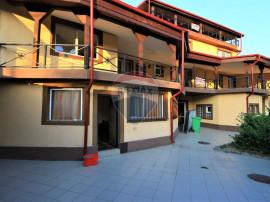 Casă / Vilă cu 16 camere în zona Vitan