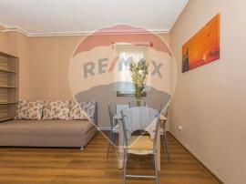Apartament cu 3 camere de vânzare în zona Prelungirea G...