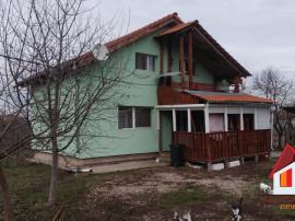 Casa TOTOI