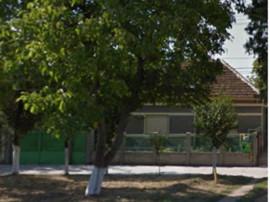 Casa Chisineu-Cris, jud. Arad aproape de Judecatorie