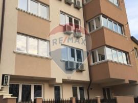 Apartament cu 3 camere de închiriat în zona 1 Mai