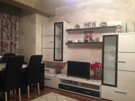 Apartament de 136 mp la Super Pret