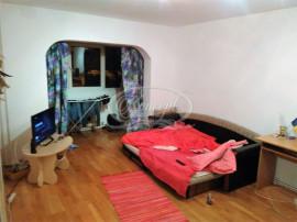 Apartament cu 3 camere in Plopilor
