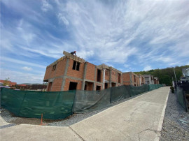 Duplex Dezmir,120 mp,terasa,str.Planoarelor,acces asfaltat,C