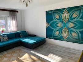 Spatiu comercial/Apartament 3 camere zona Banu Maracine
